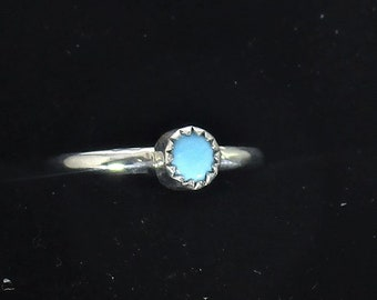 genuine Arizona turquoise gemstone handmade sterling silver stacking ring size 5