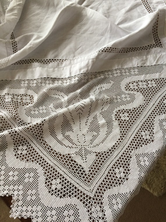 45 ins square beautiful crochetwork cotton tablecloth. Vintage. Strong