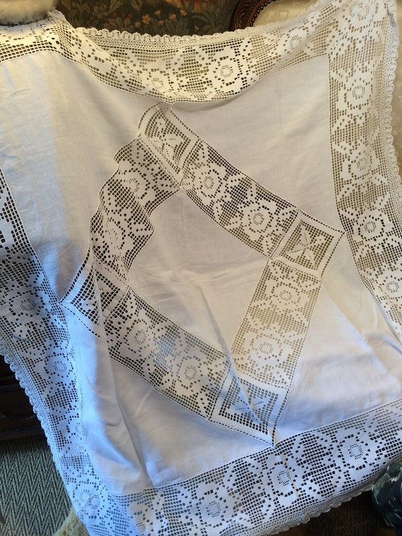 Edwardian lace and linen tablecloth. Good and strong. 43 ins square