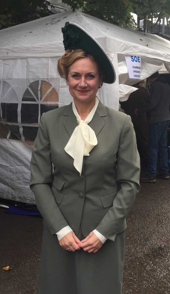 Agent Peggy Carter Costume, Dress, Hats Ladies reproduction 1940s suits $363.56 AT vintagedancer.com
