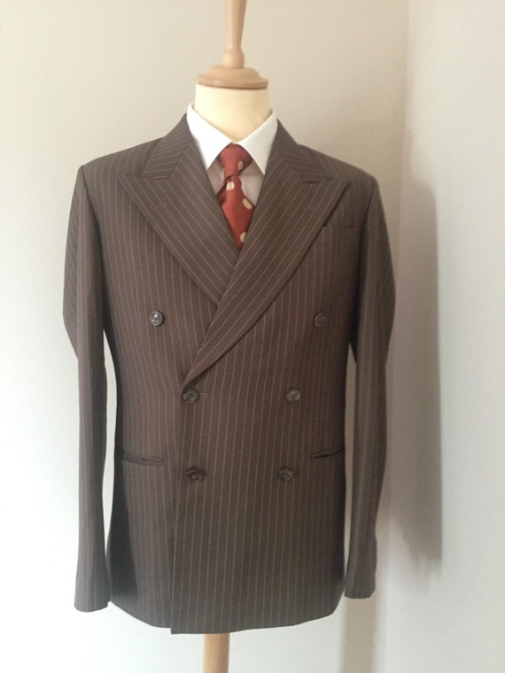 1940s Men's Suit History and Styling Tips Reproduction 1940s mens suits $396.62 AT vintagedancer.com