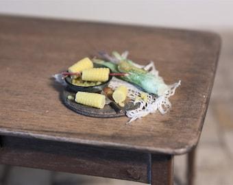 Sweetcorn Setting  - 1/12th dollshouse miniature food