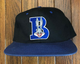 huge selection of 17bcb 5fde2 Vintage 90s Bugs Bunny Snapback Hat Baseball Cap