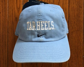 562d5d3c564 Vintage 90s Deadstock North Carolina Tar Heels Basketball NCAA Nike  Strapback Hat Baseball Cap