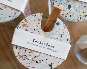 Terrazzo sugar can grey with wooden spoon
