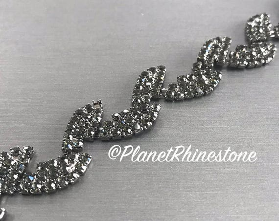 Black Rhinestone Leaf Trim #0132