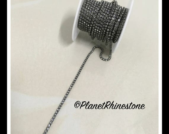 5-yard Simple Single line SS6 Black Rhinestone Trim Chain #S01
