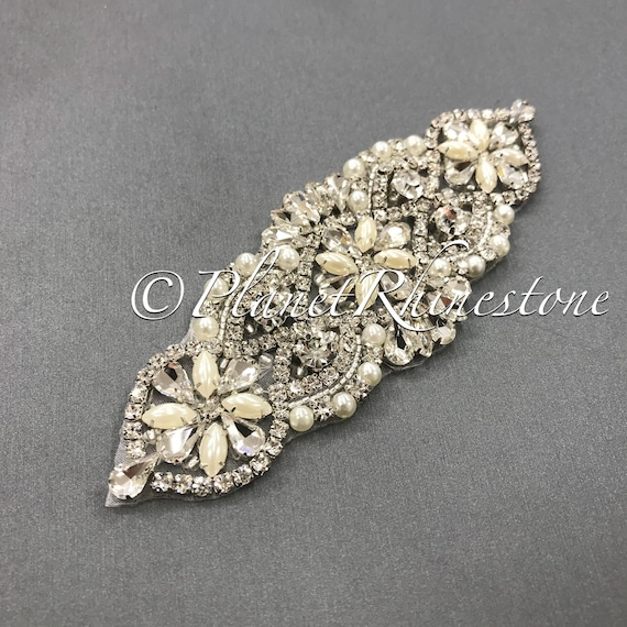 Iron-on Crystal Pearl Applique #IA-4