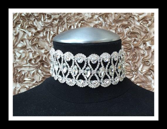 Thick Silver Vintage Rhinestone Choker #C101