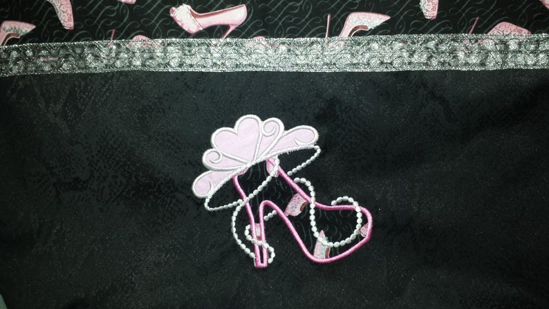 With Bling! Over the Shoulder Bag Tiara /& Heels