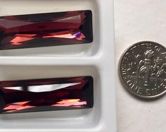 Swarovski Crystals Rectangle Rhinestones - Garnet