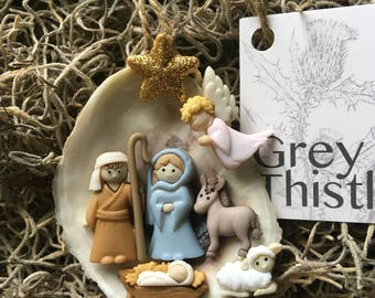 oyster nativity louisiana oyster shell nativity ornament with gold star grey thistle nativity ornament louisiana nativity