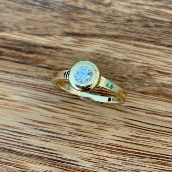 Diamond 14K Gold Solitaire Ring - image 3
