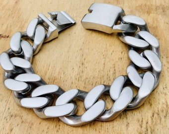 Daytona Beach Deluxe 14 inch wide Brushed Stainless Biker Necklace Motorcycle Jewelry