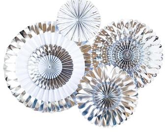 Silber Papier Windrad Fans | Metallisches Silber Folie Papier Rosette  Hintergrund 25. Hochzeit Jahrestag Windrad Hintergrund Silber Party  Dekoration