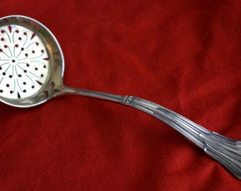 English Sterling silver Sugar Sifter Slotted Ladle Sheffield 1894-5