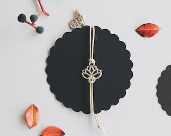 Lotus Bracelet Case (Silver/Gold)