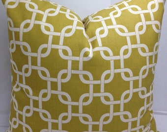 "Chain link decorative toss pillow cover, 20 x 20"" mustard yellow and natural cotton"