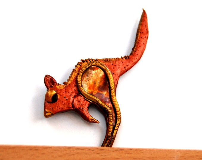KANGAROO BROOCH - copper brooch, animal brooch, polymer clay brooch,Australian jewellery,Australian animal,Australian shop,Australian seller