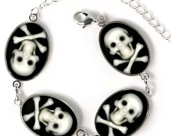 roger sterling office art. Sterling Siver Jolly Roger Skull \u0026 Crossbones Collection Cameo Charm Bracelet SOCB-1 Office Art