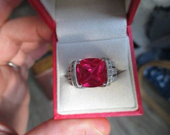 Beautiful Silver ring with lab created ruby