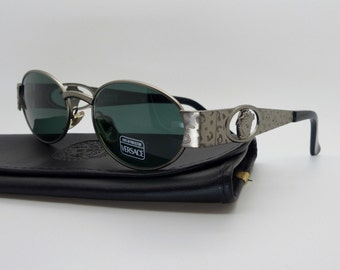 5b3b538fa1 Gianni Versace Sunglasses Mod S50 Col 948 Genuine Vintage New Old Stock