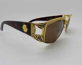 319f6a4c0b6d Gianni Versace Sunglasses Mod S62 Col 14L Vintage Genuine New Old Stock
