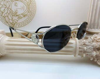 26cd824722e Genuine Rare Vintage Gianni Versace Sunglasses Mod. G98.S Col. 26M New Old  Stock