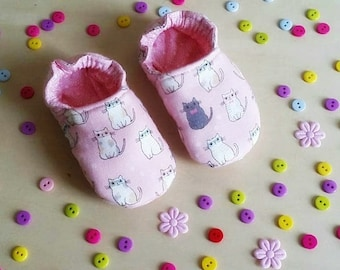 """Little soft baby shoes """"Cat in pink"""" 0- 18 months"""