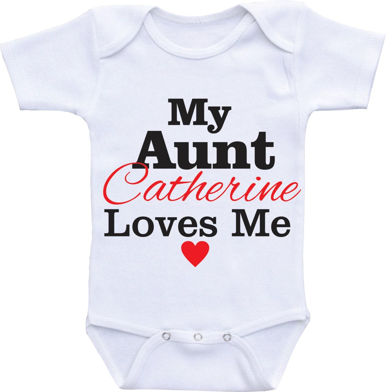 Mi tía Me ama para neice o sobrino personalizada mi tía Onesie