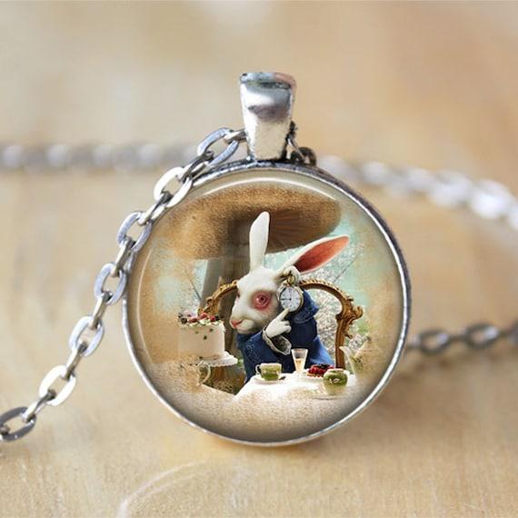 """Bronce Alice in Wonderland /""""curioríficos y curioríficos/"""" Collar De Cristal Nueva Bolsa De Regalo"""