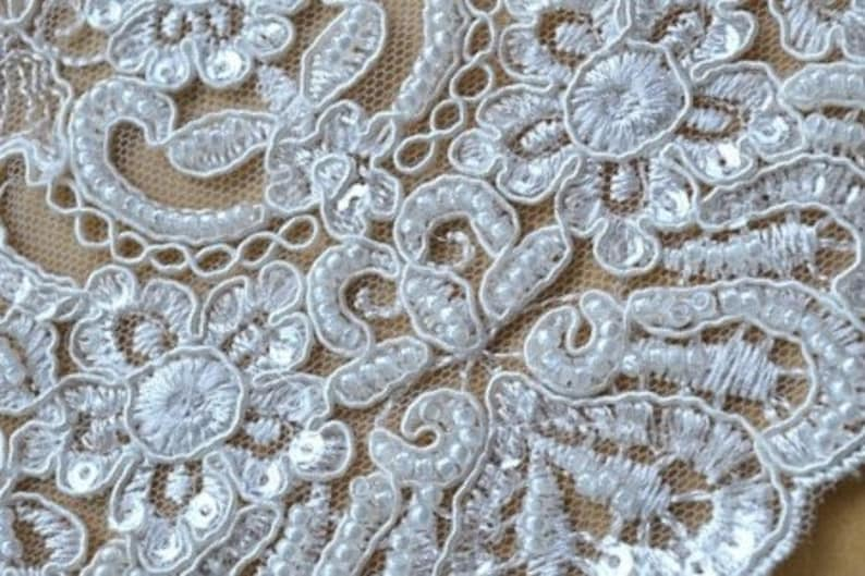17cm Wired scallops border trim lace new 5 yards  lot ivory lace trim faux silk quality wedding dress Sewing lace!