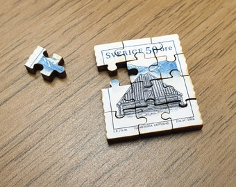 Miniature Wooden Stamp Jigsaw-puzzle. Swedish, 2005, Wooden house, 5 Ore, Stamp. Free global shipping
