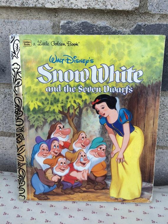 Disney Blanche Neige Et Les Sept Nains Petit Livre D Or Neige Blanche Livre Peu D Or Petit Livre D Or