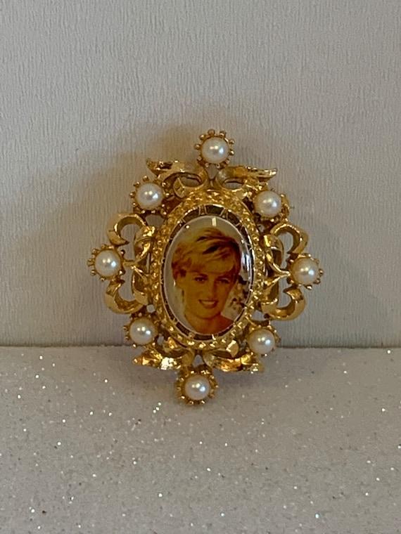 Vintage Princess Diana Brooch, Princess Diana Pin… - image 1