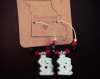 Cardinals beaded hoops