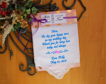 Wedding gift for Mother of The Bride Gift, wedding Handkerchief, hankie, gift label, Today a bride - Mom Wedding handkerchief for Mum LS0F38