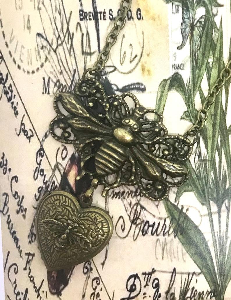 Bee Locket,Honey Bee Locket,Gifts for Mom/'s,Bee Jewelry,flytomeshop,Karen Minkel,Fly To Me Bee Heart Locket Bee Heart Locket Necklace