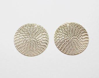 P0796Anti-tarnished Gold Plating Over BrassLarge Wrinkled Circle Pendant30mm2pcs