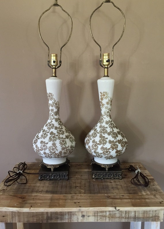 Vintage Gold Lamps Lamps Gold Pair of Pair Pair Lamps Lamps Table Victoria Lamps Victorian Vintage Vintage Pair Lamps of Lamps 1KJu3FcTl
