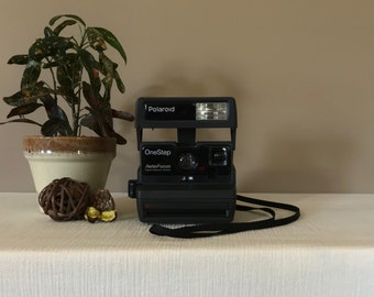 Working Polaroid One Step Instant Camera / One Step Close Up / Vintage Instant Camera / Polaroid Instant Camera / Vintage Polaroid Camera