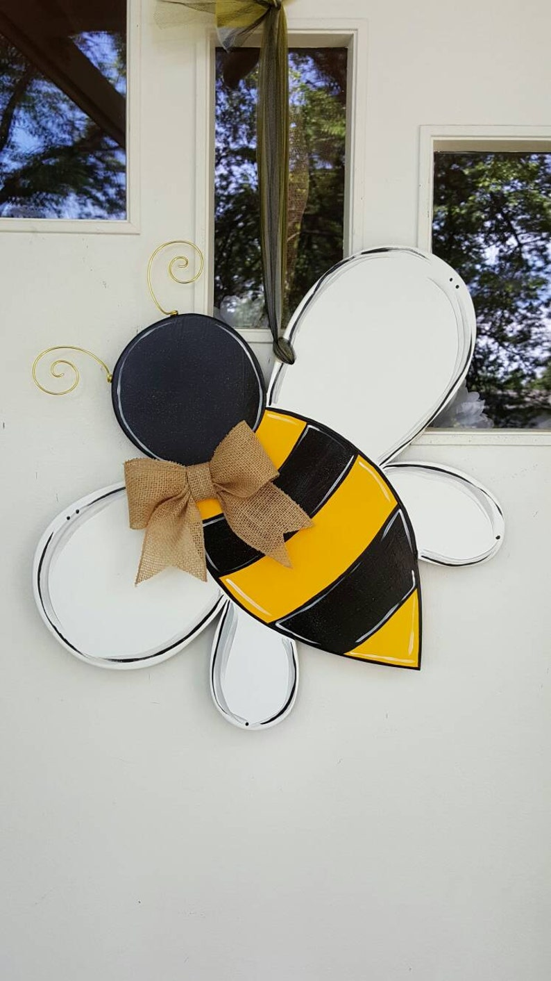 Large Bumblebee door hang