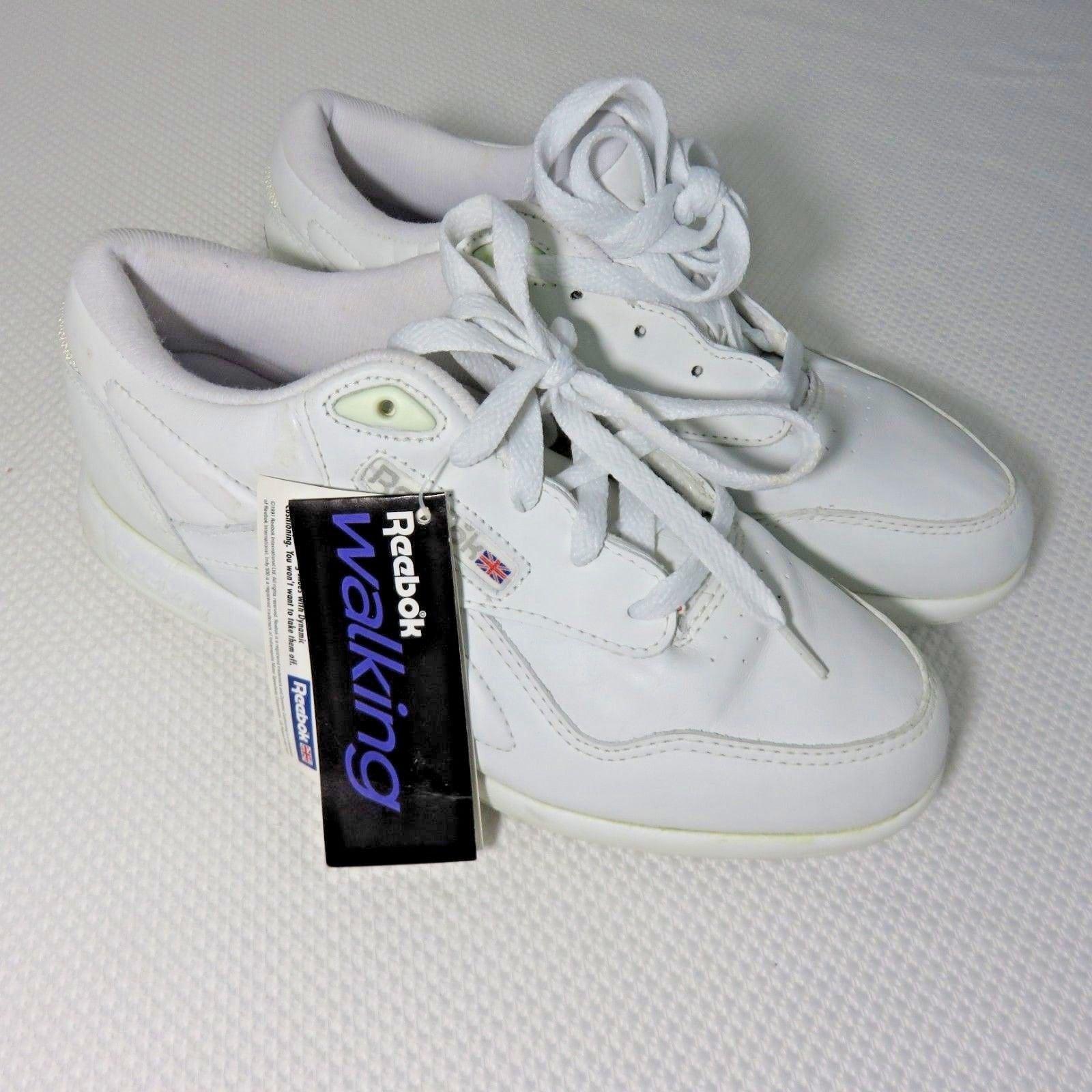 3117792bf7c14e Vintage 90s Reebok Women s 7.5 Walking Dynamic Cushioning