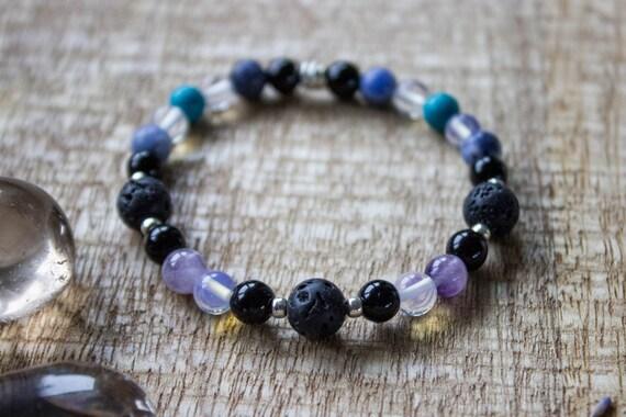 #02AN-01-016 Quartz Crystal Necklace Choker  Long Gemstone Circular Pendant Lunar Drops Necklace Black Vegan Necklace Quartz Coin