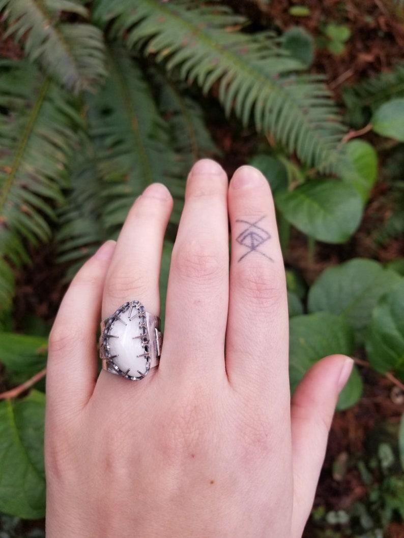 Zeolite Moonlit Mountain size 8