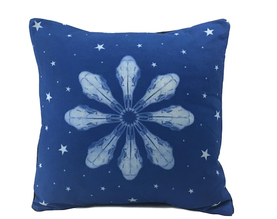 Boho throw pillow. Deer skull with stars. 14x14