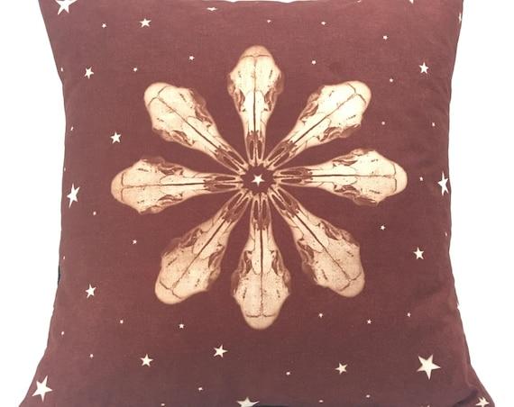 Boho throw pillow. Deer skull with stars. 14x14.