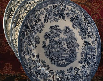 3 dinner plates Tonquin Blue pattern by Churchill in Staffordshire England; Chinoiserie; blue and white transferware; #250 & Churchill england | Etsy