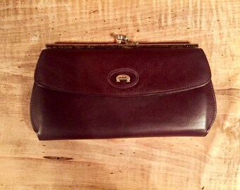 1b097bbade72 ETIENNE AIGNER VINTAGE Burgundy Leather Checkbook Wallet
