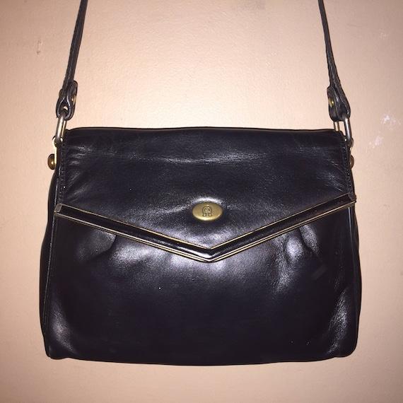 ETIENNE AIGNER VINTAGE 9 X 6 X 2.5 Black Leather Shoulder Bag  e1c25dabc91d4